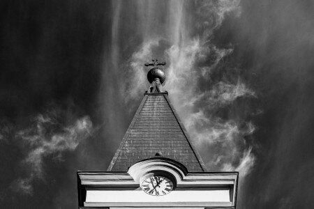 KING ST LÁSZLÓ CHURCH AND PARISH
